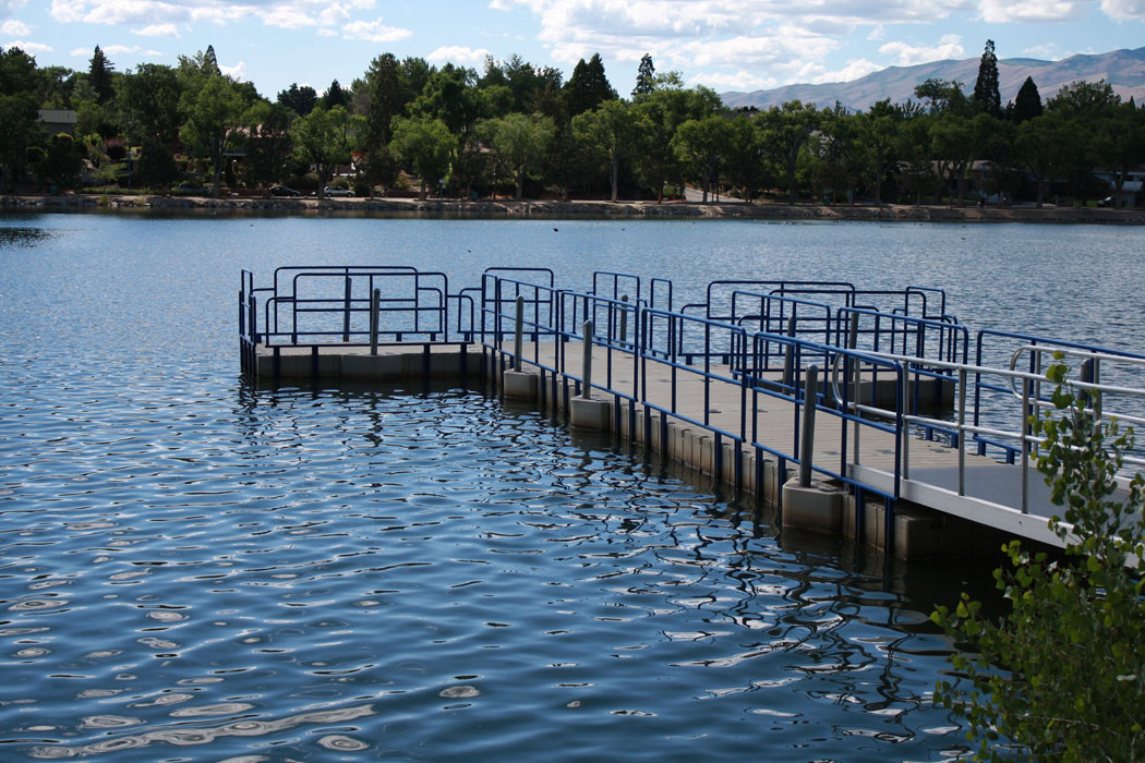 virginia lake fishing pier